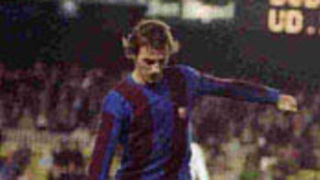 Photo of Neeskens in action