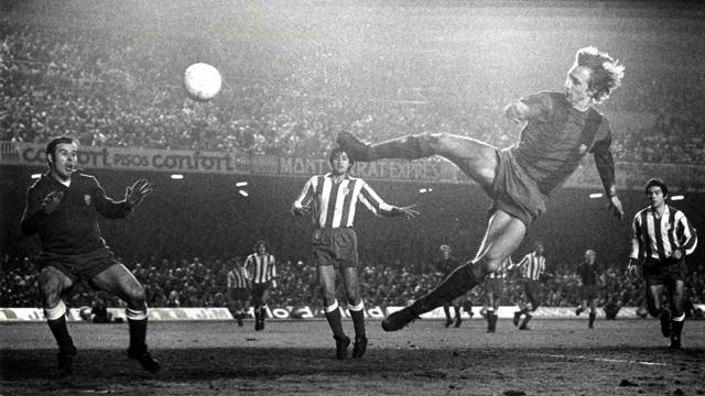 1969-1978 Cruyff, Democracy