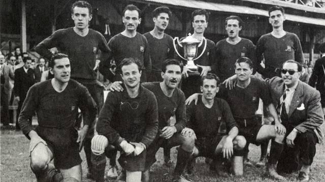 Foto de la plantilla que va guanyar la Copa d'handbol a 11 (1946)
