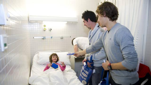 2012-01-05 VISITA HOSPITAL DE NENS DE BARCELONA 085