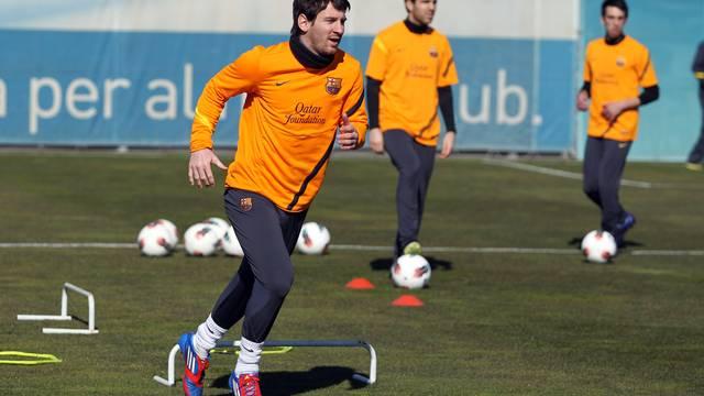 بالصور الحصة التدريبية الخميس بحضور برشلونة