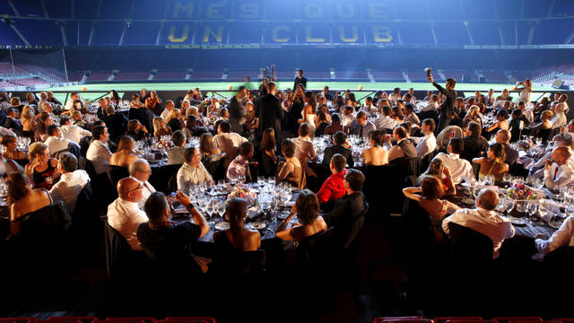 Nuptial banquet at the Platea Camp Nou