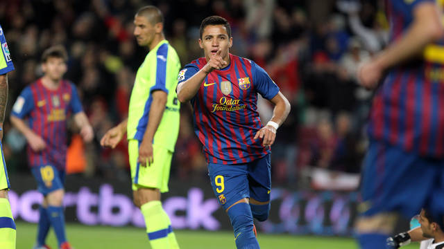 Alexis Sánchez celebrates one of his goals against Getafe / PHOTO: MIGUEL RUIZ-FCB