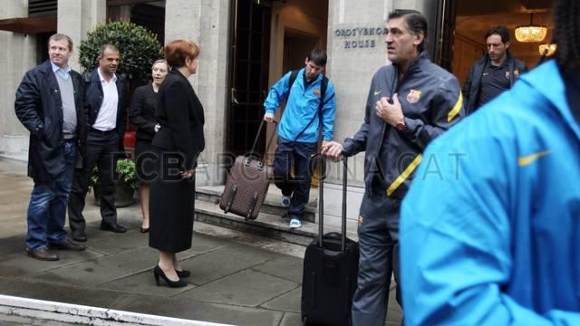 ▐★● صور وصول وفد نادي برشلونة إلى كتالونيا ●★ ▐ 2012-04-19_VIAJE_03-