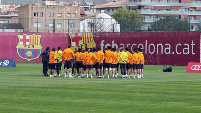 Training session 22/04/2012 / PHOTO: Miguel Ruiz - FCB