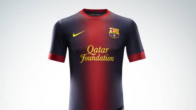 Es presenta la nova equipació per a la temporada 2012/13