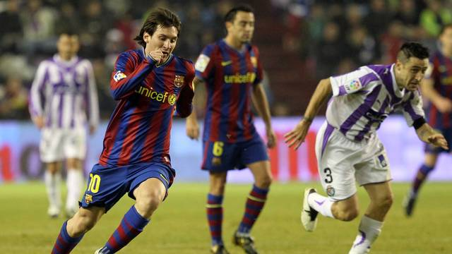 Bara vs Valladolid in the 2009/10 season / PHOTO: ARXIU FCB