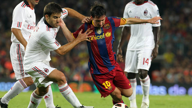 Messi, in 2010, against Milan. PHOTO: ARXIU FCB.