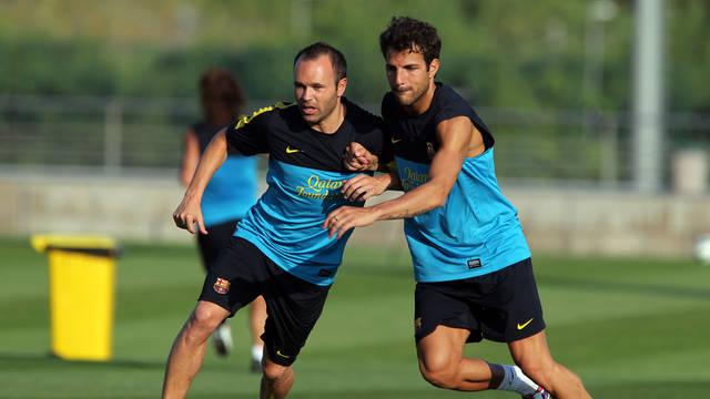 Iniesta y Cesc, en el entrenamiento de este lunes / FOTO: MIGUEL RUIZ — FCB