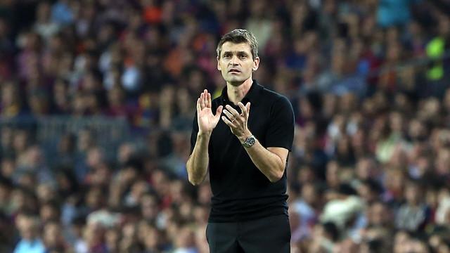 Tito Vilanova during the game / PHOTO: MIGUEL RUIZ - FCB