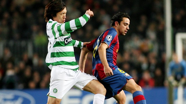 Xavi vs Celtic at the Camp Nou in the 2007/08 season / PHOTO: ARCHIVE FCB