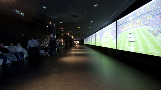 View of the 35 meter screen where you can see the latest great moments of the FCB championships