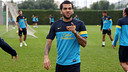 Dani Alves, durant l'entrenament d'aquest divendres / FOTO: MIGUEL RUIZ-FCB