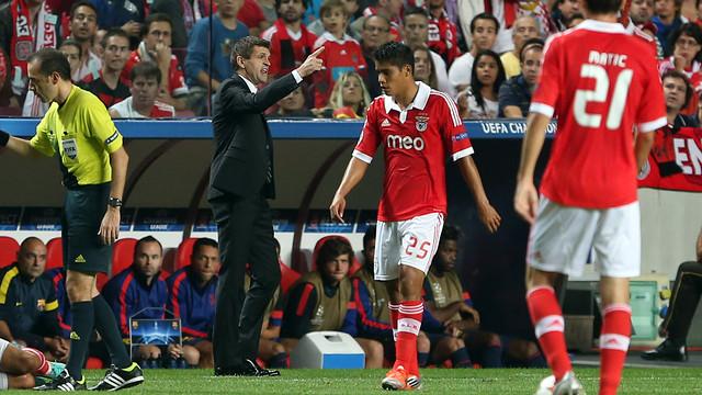Vilanova, durante el partido en Lisboa / FOTO: MIGUEL RUIZ-FCB
