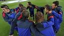 L'escalfament del primer equip contra el Benfica. FOTO: MIGUEL RUIZ-FCB.