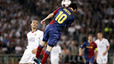 Messi scoring against United / PHOTO: MIGUEL RUIZ-FCB.