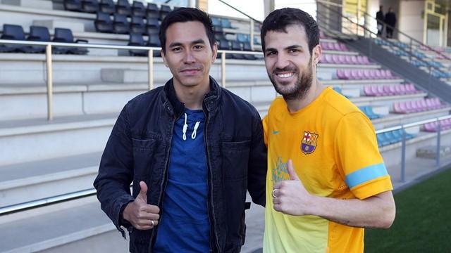 Darius and Cesc Fàbregas / PHOTO: MIGUEL RUIZ - FCB