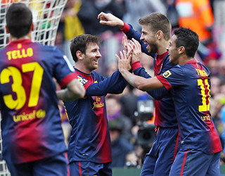 players celebrate scoring against getafe