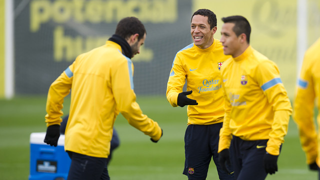 Adriano is working with the group / PHOTO: ÁLEX CAPARRÓS - FCB
