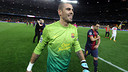 Víctor Valdés after PSG game PHOTO: MIGUEL RUIZ-FCB.