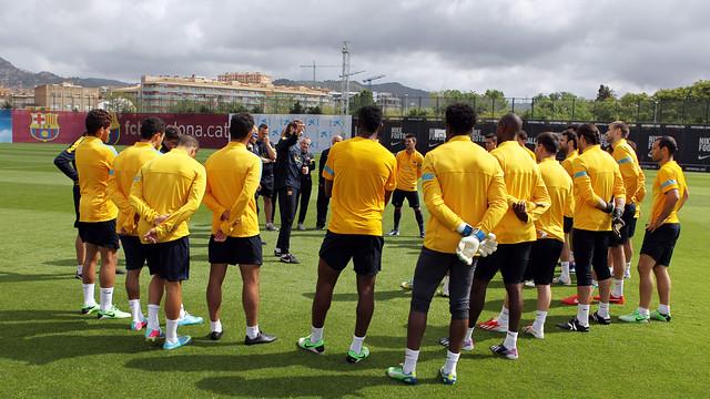 El equipo, en el entrenamiento de este sábado / FOTO: MIGUEL RUIZ — FCB