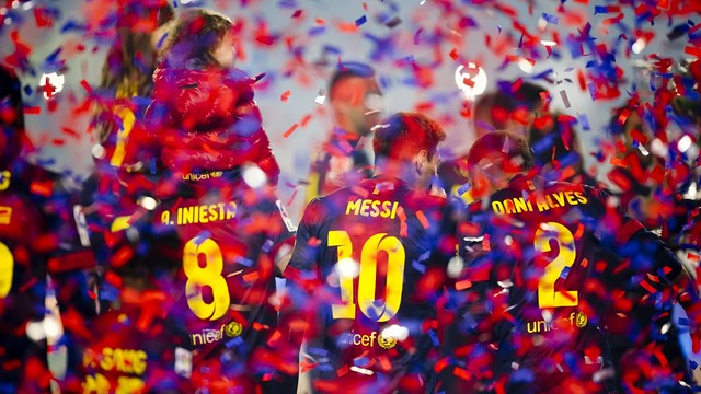 Iniesta, Messi and Alves celebrating the league title / PHOTO: Àlex Caparrós - FCB