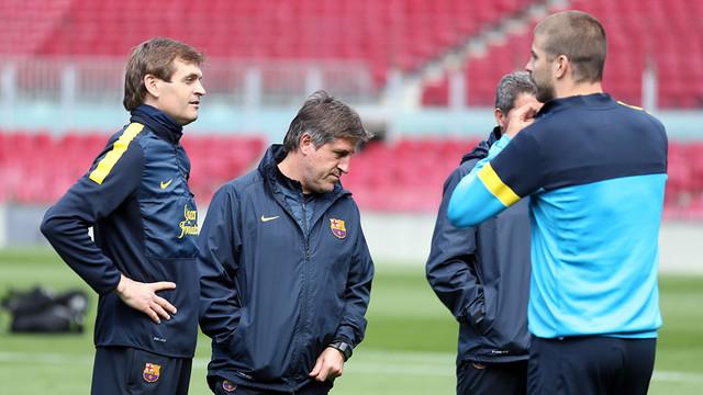 Tito Vilanova ha dirigit aquest dissabte al matí l'entrenament al Camp Nou / FOTO: MIGUEL RUIZ — FCB