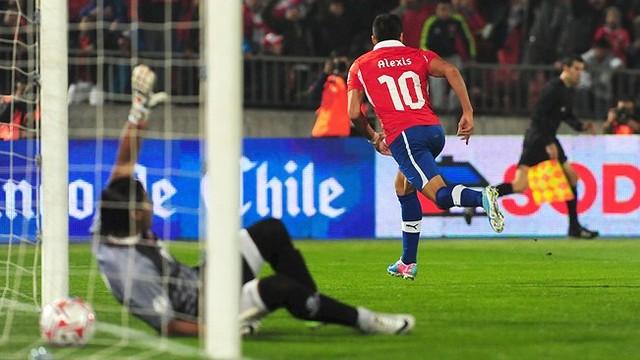 Alexis scores for Chile PHOTO: fifa.com.