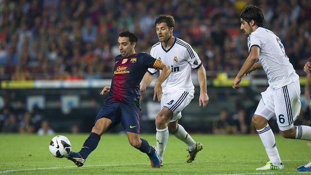 Xavi playing against Real Madrid last season. PHOTO: FCB Archive