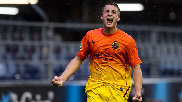 Deulofeu celebrates scoring against Las Palmas / PHOTO: FCB ARCHIVE