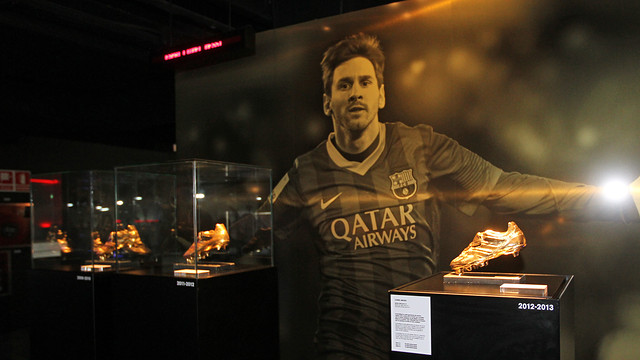 http://media3.fcbarcelona.com/media/asset_publics/resources/000/058/998/size_640x360/2014-01-09_BOTA_ORO_MESSI_04.v1390999042.JPG?timestamp=1397658911501