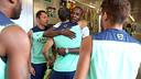 Abidal with Mascherano, this Monday morning. PHOTO: MIGUEL RUIZ-FCB.