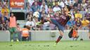 Xavi Hernández scores against Levante / PHOTO: VICTOR SALGADO - FCB
