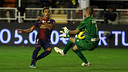 Alexis taking on Rubén in last season's meeting / PHOTO: MIGUEL RUIZ-FCB