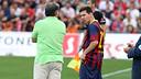 Martino talks to Messi / PHOTO: MIGUEL RUIZ-FCB