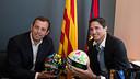 Sandro Rosell and José Edmílson with the HappyBall footballs. PHOTO: GERMÁN PARGA / FCB
