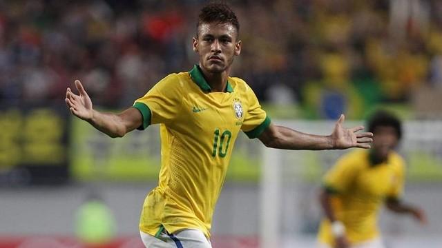 Neymar celebrates his goal / PHOTO: FIFA.COM