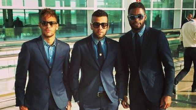 Neymar, Alves and Song.