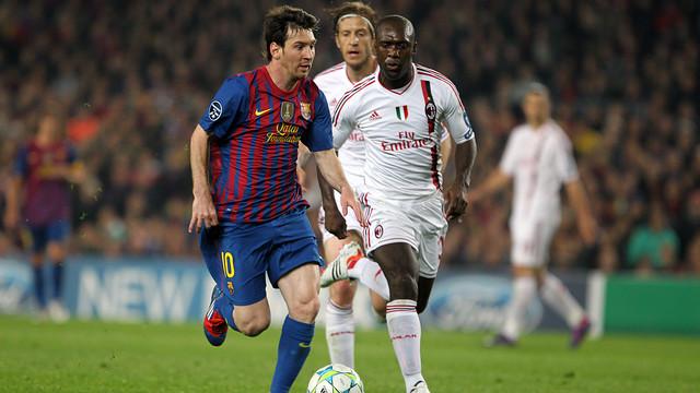 Messi amb Seedorf, al partit de quarts de final de la Lliga de Campions de la temporada 2011/12 / FOTO: MIGUEL RUIZ - FCB