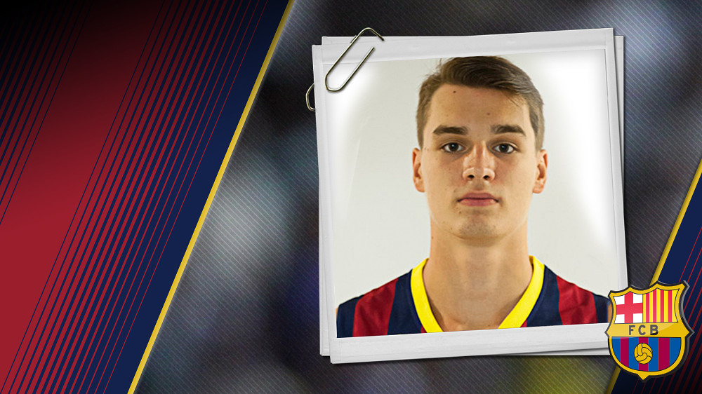 Imatge oficial d'Hezonja amb la samarreta del FC Barcelona