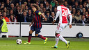 Puyol in the game against Ajax. / PHOTO: MIGUEL RUIZ-FCB