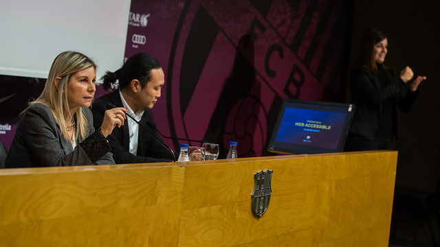 Club directors Pilar Guinovart and Dídac Lee in the press conference to present the accessible website. PHOTO: GERMÁN PARGA-FCB del web accessible