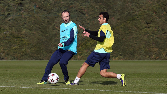 Iniesta and Pedro, from an archive photograph / PHOTO: MIGUEL RUIZ-FCB