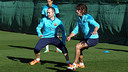 Iniesta and Puyol at this Monday's training. PHOTO: MIGUEL RUIZ-FCB.