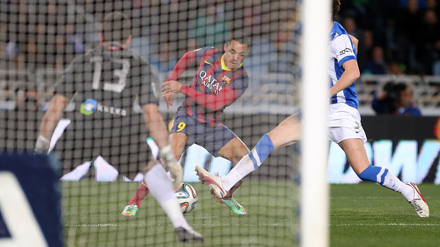 Alexis featured in this season's cup game at Anoeta / PHOTO: MIGUEL RUIZ - FCB