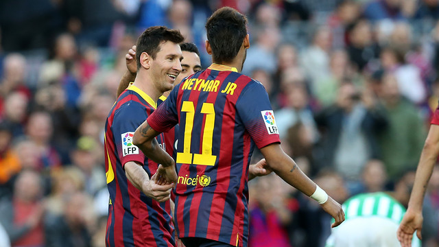 Messi and Neymar, after the 3-1 against Betis. PHOTO: MIGUEL RUIZ-FCB.
