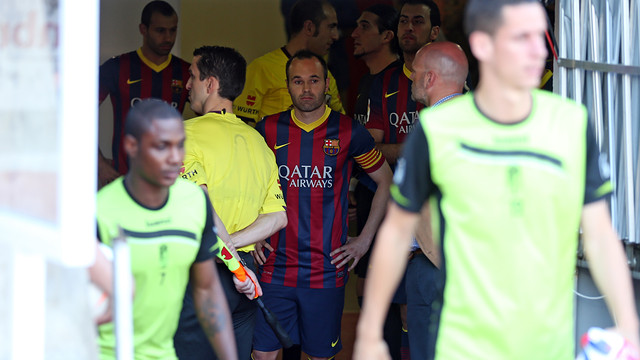 Iniesta in the tunnel at the Nuevo Los Cármenes / PHOTO: MIGUEL RUIZ - FCB