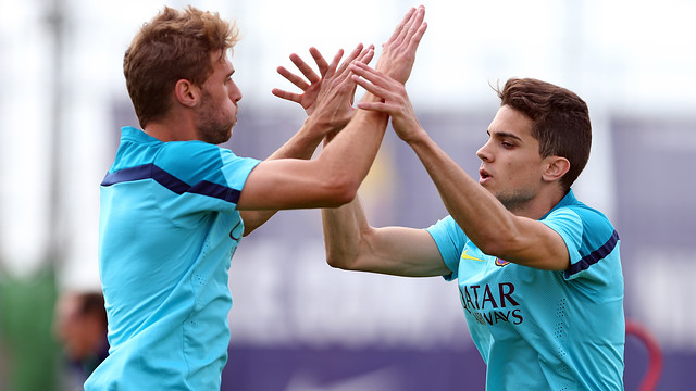 Bartra and Sergi Gómez / PHOTO: MIGUEL RUIZ - FCB