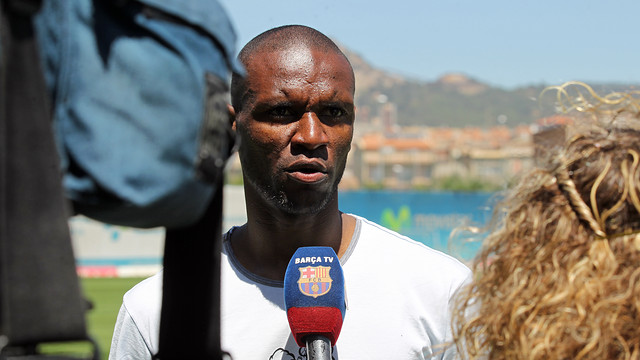 Abidal talking to Barça TV / PHOTO: MIGUEL RUIZ-FCB