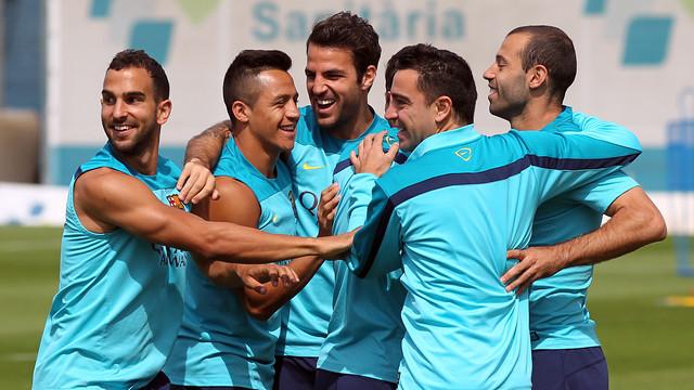 Montoya, Alexis, Cesc, Xavi and Mascherano in training today